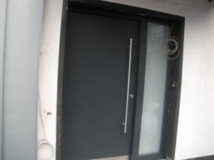 Haustüren anthrazit mit seitenteil  Tischlerei Lengelsen Werdohl - Türen